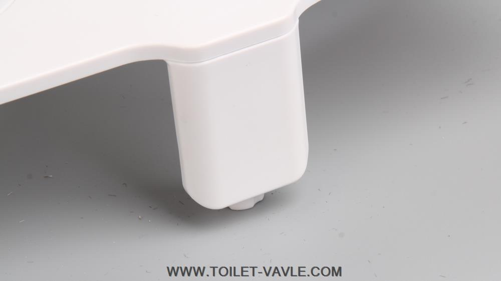Single Nozzle Toilet Cold Bidet with Self-cleaning 4